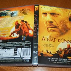 DVD ORIGINAL - TEARS OF THE SUN cu BRUCE WILLIS - Film actiune Altele, Romana