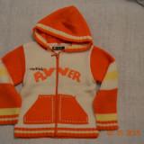 Pulover portocaliu cu gluga, Multicolor