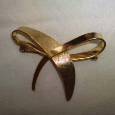 Brosa funda placata cu aur - Brosa placate cu aur
