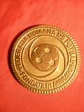 Placheta Federatia Romana Fotbal ,bronz ,d= 6 cm , unifata