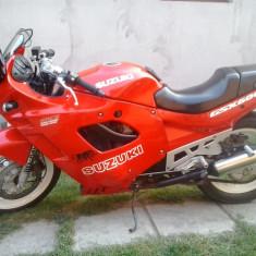 Vand SUZUKI GSX 600F - Motocicleta Suzuki