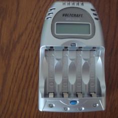 Incarcator baterii Voltcraft partial defect