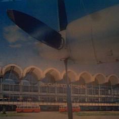 AVION PE AEROPORTUL OTOPENI DIN BUCURESTI
