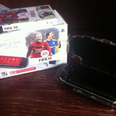 Play Sation Portabil Sony Slim&Lite + joc FIFA 2010 +carcasa LOGITECH - PSP