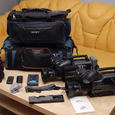 2 Camere Sony DSR - 250P - Camera Video Sony, 2-3 inch, Mini DV