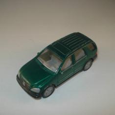 Siku 1095 Mercedes Benz ML320 Scara 1:55