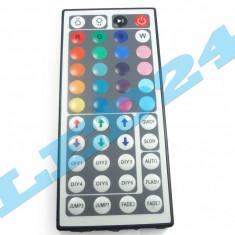 TELECOMANDA RGB PENTRU BANDA CU LED SMD 3528 5050 CONTROLLER IR 44 TASTE - Banda LED Houde