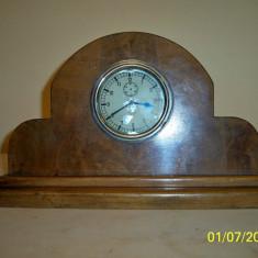 Ceas de semineu Doxa, nefunctional