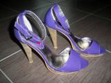 Pantofi de la Play Girl; marime 39 (25.5 cm talpic, 9 cm inaltime toc, Mov, Cu toc