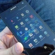 Vand, Schimb Sony Xperia S - Telefon mobil Sony Xperia S