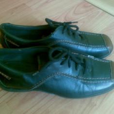 Pantofi din piele marimea 38, arata impecabil! - Pantof dama, Culoare: Negru, Negru, Cu talpa joasa