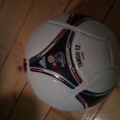 Vand urgent minge fiifaa 2012 originala - Minge fotbal Adidas, Champions League, Gazon