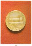 Carte postala(ilustrata)-- Medalie reprezentand Muzeul National de Istorie al RSR