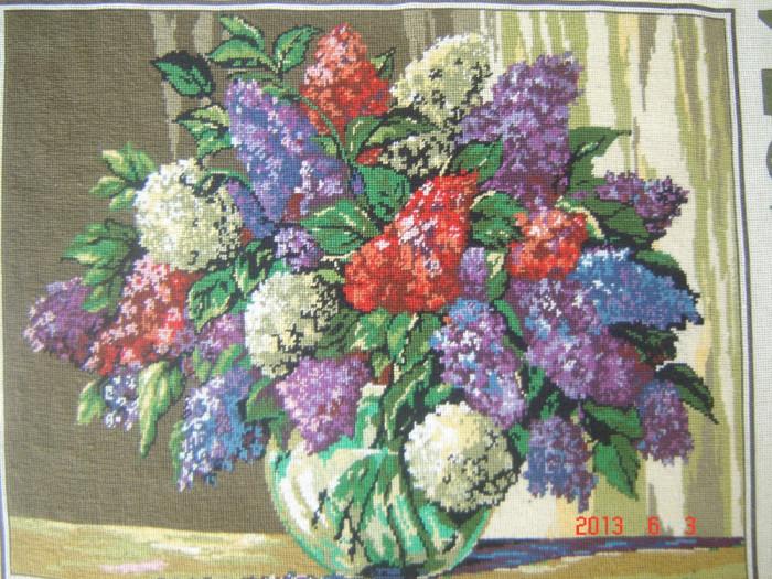 Goblen - Liliac foto mare