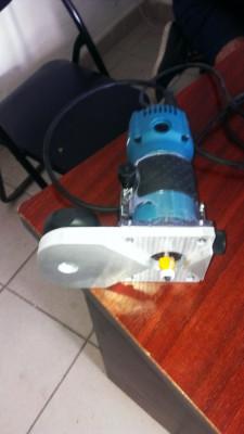 Vand masina de frezat surplus de cant abs MAKITA  cu freza raza 2 CMT (nou) foto