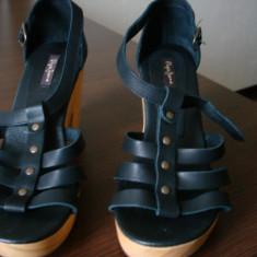 Sandale noi Pepe Jeans - Sandale dama Pepe Jeans, Culoare: Negru, Marime: 37, Negru