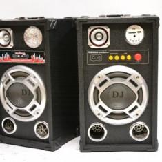 PERECHE 2 BOXE ACTIVE/STATIE SI MIXER INCLUS,200 WATT MAXIM,MP3 PLAYER,EFECTE+2 MICROFOANE BONUS!