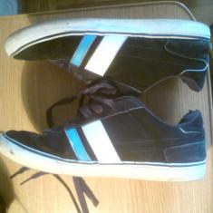Shoes DVS 41, 5 - Tenisi barbati, Culoare: Negru, Negru