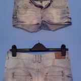 Pantaloni scurti Fishbone din blug - Blugi dama, Marime: XS, Din imagine