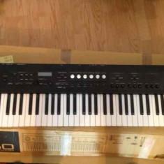 Korg PS60 (recent adusă din Franța)