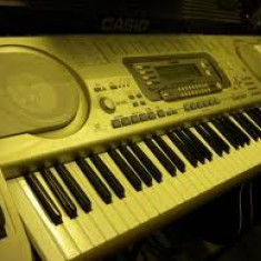 CASIO WK3700 WORKSTATION - Orga
