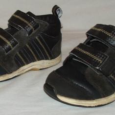 Adidasi / semighete copii ADIDAS - nr 22 - Pantofi copii Adidas, Baieti, Negru