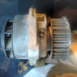 pompa de apa VW golf 4 motor 1.4 16V