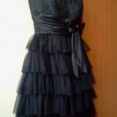 Rochie neagra eleganta cu volanase, marimea 36 - Rochie banchet