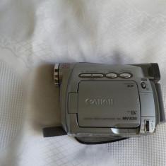 Vand camera video Canon MV830E cu acumulator si incarcator, 2-3 inch, Mini DV, CCD, 20-30x