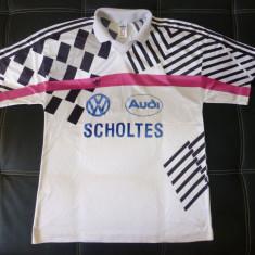 Tricou Adidas cu siglele Audi si VW; marime L: 57 cm bust, 70 cm lungime, Maneca scurta