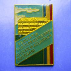 ROMANIA ASOCIATIA FOSTILOR ELEVI SI PROFESORI AI LICEULUI A.T.I, LAURIAN BOTOSANI - Insigna, Romania de la 1950