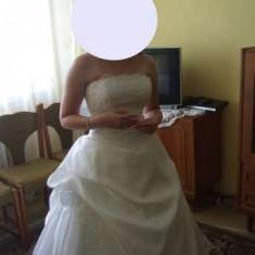 Vand rochie de mireasa model printesa - Rochie de mireasa printesa