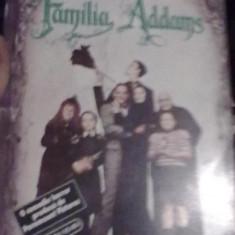 Elizabeth Faucher - Familia Addams - Carte de aventura