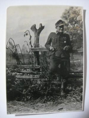 REDUCERE 20 LEI! UNICAT! FOTOGRAFIE ORIGINALA COLECTIE SOLDAT WEHRMACHT,CU STAMPILA VULTURULUI NAZIST PE VERSO foto