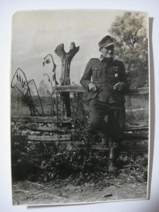REDUCERE 20 LEI! UNICAT! FOTOGRAFIE ORIGINALA COLECTIE SOLDAT WEHRMACHT,CU STAMPILA VULTURULUI NAZIST PE VERSO