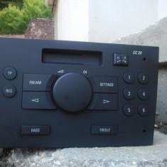 Vand [ sau schimb cu alt casetofon pt fiat punto 2004] casetofon auto pt opel - CD Player MP3 auto