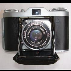 Aparat foto de colectie Belca cu burduf pe film normal