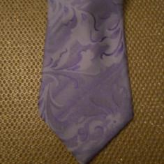 Cravata Giorgio Armani MATASE NATURALA CULOARE LAVANDA FOARTE FRUMOASA, Lila, Floral