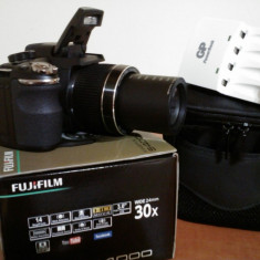 Vand/Schimb aparat foto fujifilm S4000 - Aparat Foto compact Fujifilm, Compact, 14 Mpx, Peste 20x, 3.0 inch