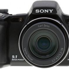 Vand aparat foto Sony - DSLR Sony, Kit (cu obiectiv), 10 Mpx, HD
