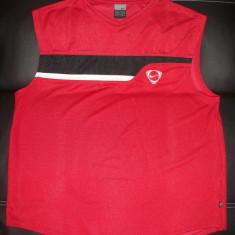 Tricou Nike; marime L (183 cm): 59 cm bust, 64 cm lungime; impecabil, ca nou - Tricou barbati Nike, Marime: L, Culoare: Rosu, Maneca scurta
