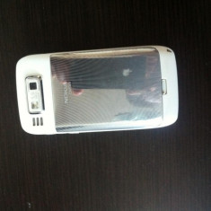 Vand/Schimb Nokia E 72 cu Iphone 4 - Telefon mobil Nokia E72, Argintiu, Neblocat