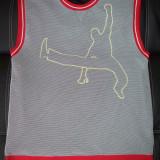 Tricou baschet cu plasa Clockhouse (C&A) cu logo NBA; marime XL; impecabil