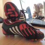 Adidasi ADIDAS  Predator TRX HG marimea 29 interior 17,5 cm NOI SUPEROFERTA !!!!!!!!!!!!!!!