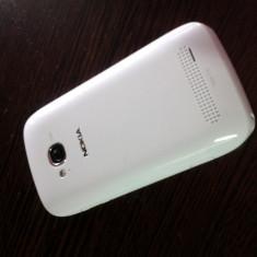 Vand Nokia Lumia 710 - Telefon mobil Nokia Lumia 710, Alb, Neblocat