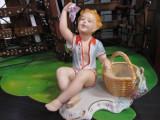 Bibelou portelan fin Baiatul cu strugure