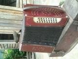 Acordeon (armonica antica)