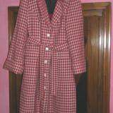 SUPER REDUCERE ! Palton elegant marimea 48-50, lung, matlasat pe interior, foarte util pentru iarna - Palton dama