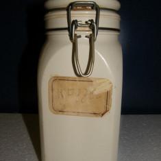 BORCAN FAIANTA CU CAPAC, VECHI, BORCAN BUCATARIE - Vesela sticla