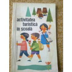 activitatea turistica in scoala carte educativa copii turism editura CNEFS 1967